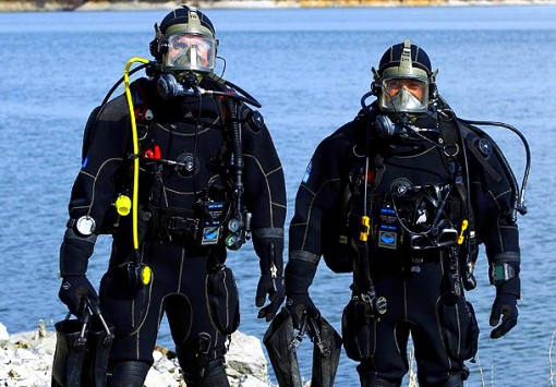 Frogman Training 01
